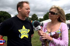 Denise Waterman meets the Rock Choir at Wimbledon Village Fair 2013